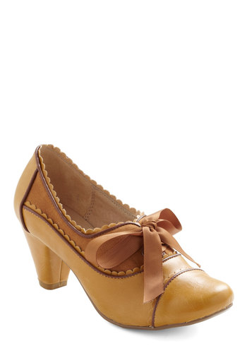 Notch Your Step Heel in Caramel