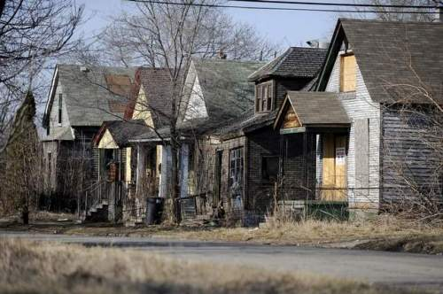detroit-rundown-houses