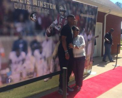 Jameis Winston has a red carpet at his draft party (Photo)