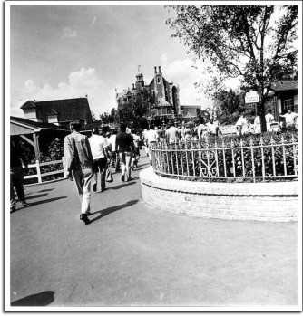 The Haunted Mansion, October 1971