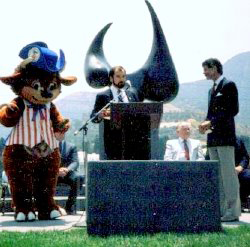 Bisontennial Ben, Peter Paul, and Bob Hope at the dedication of a Constitution monument