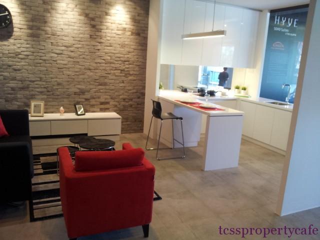 580sf  kitchen