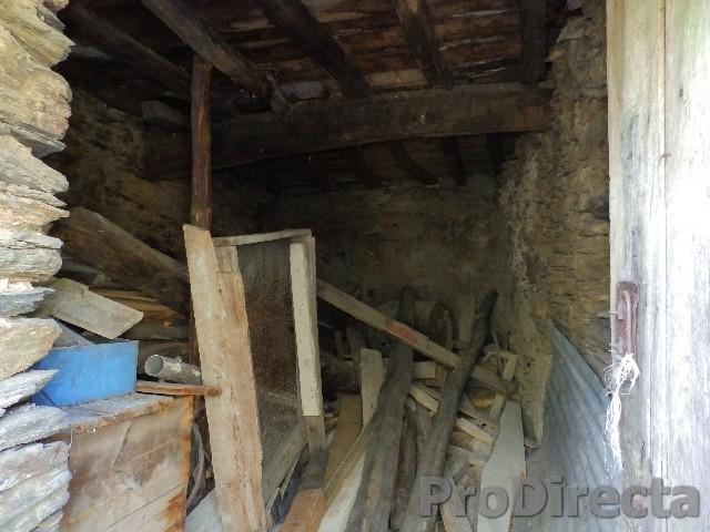 Stone house to restore Góis