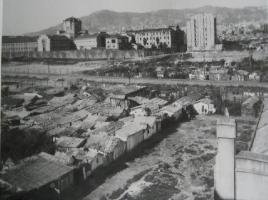 Avenida de Roma en el año 1926 con la Modelo al fondo