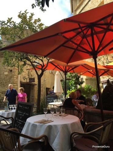 No 9 Restaurant Lourmarin