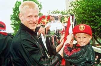 Los Schmeichel, segunda familia en ganar la Premier League