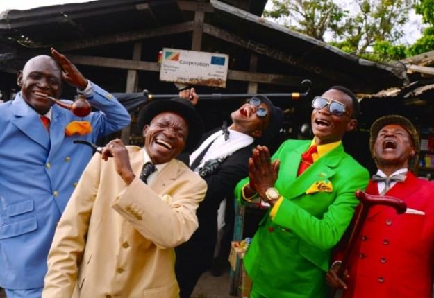 サプール(コンゴ共和国の世界一お洒落な男たち・ムイエンゴ・ダニエル含む計5名 (C)KUNIO CHANO)