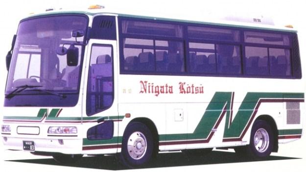 「草食系ツアー」貸切バスで