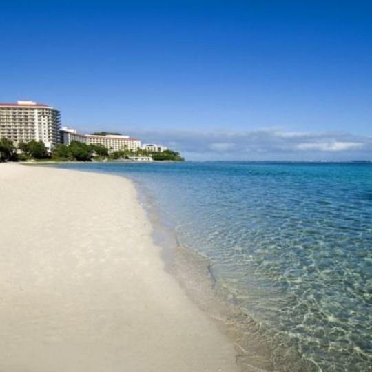 【ハワイ・グアム5位: ヒルトン グアム リゾート & スパ】ベスト・シュノーケリング・スポットであるヒルトンのビーチ