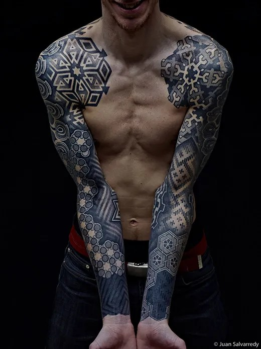 Stunning double sleeve by Nazareno Tubaro