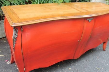 buffet laque rouge forme commode 4 600x427