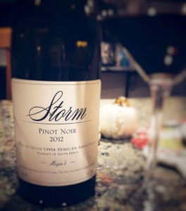 2012-Storm-Pinot-Noir-Moyas