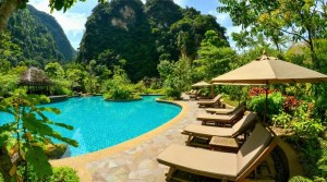 18 Stunning Pools That I Want To Swim In Right Now (PICS)