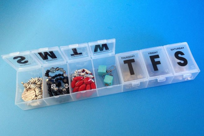 Use%20a%20pill%20container%20to%20keep%20jewelry%20organized%20and%20untangled.