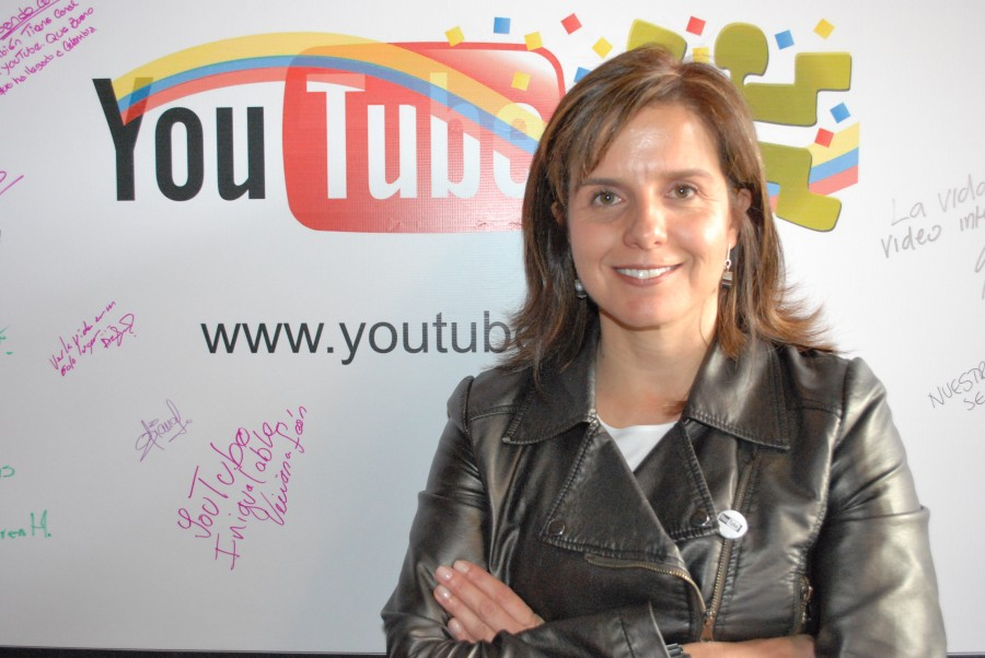 Foto Laura Camacho-Lanzamiento YouTube
