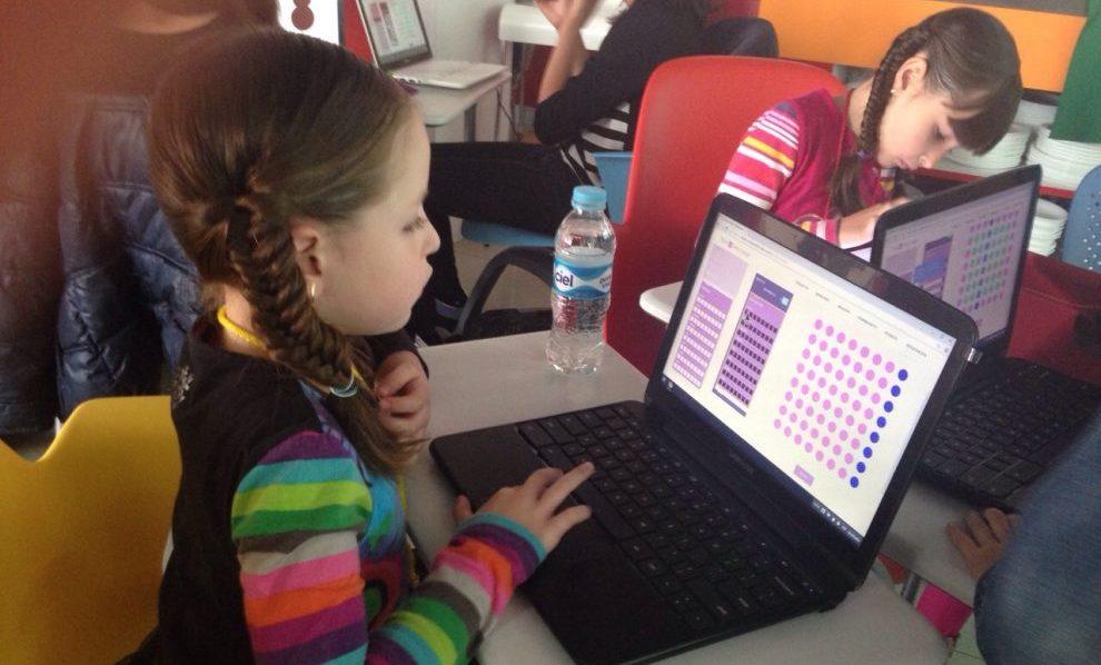 Facebook, Google y Wayra crean curso de verano con Epic Queen en México