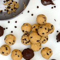 """Chickpea Chocolate Chip """"Cookie Dough"""" Bites"""