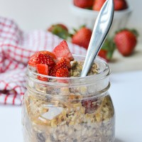 Cinnamon Raisin Overnight Oats