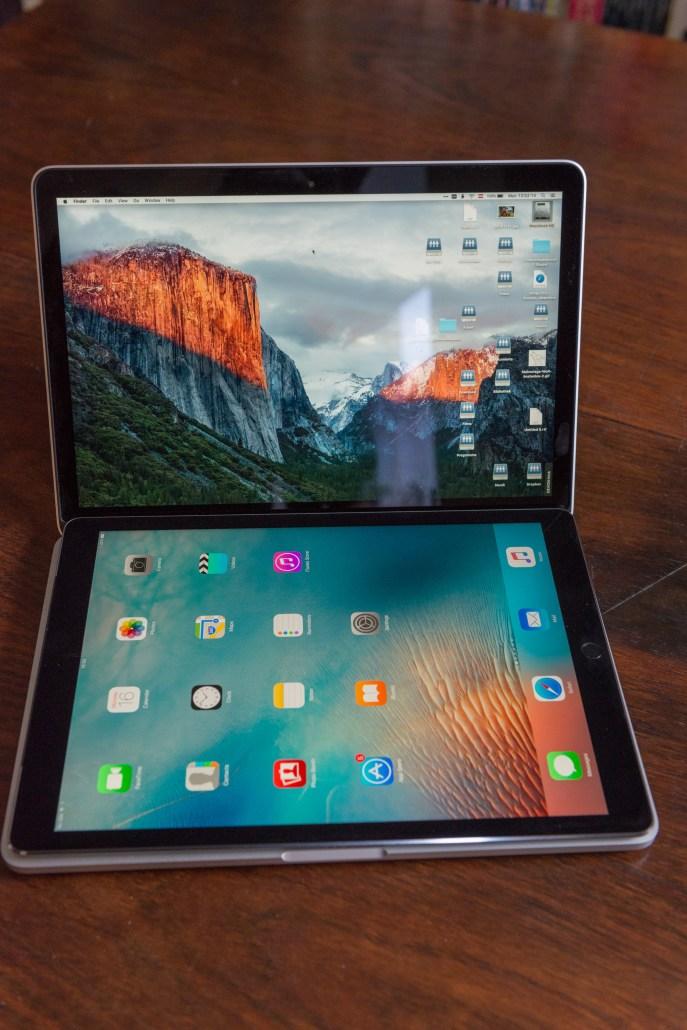 Das iPad Pro liegt bequem am 13
