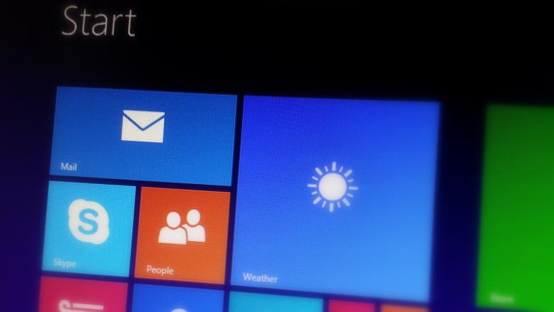 Windows 8.1 Pro RTM build 9600 Start screen screenshot