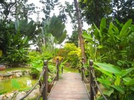 Im Garten des CHI Spa des Shangri-La's Mactan