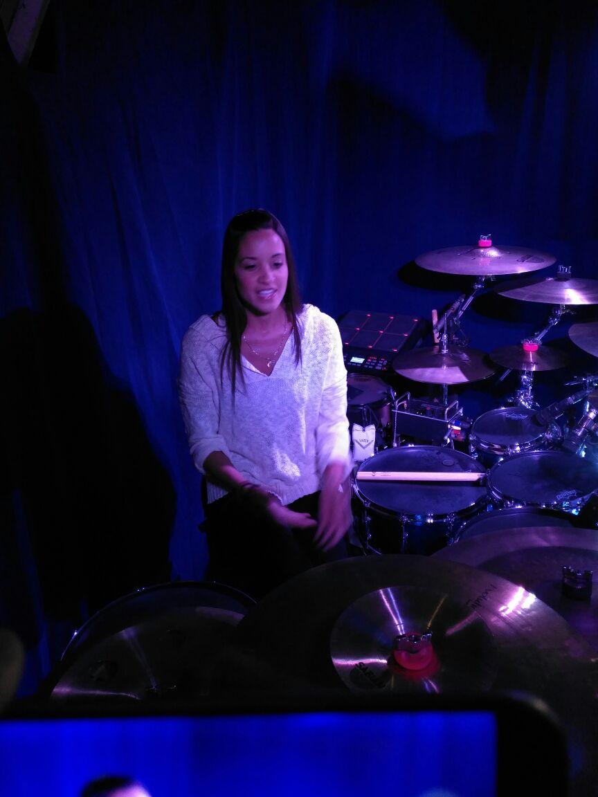 Didi Negrón, su experiencia como baterista en el Cirque du Soleil