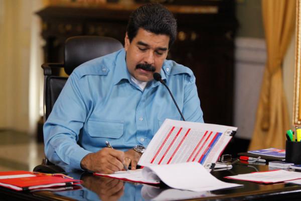 Revocar a Maduro requeriría de 7.585.579 sufragios y ganar la votación del referendo