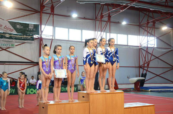 Podium categoria II, nivel 3