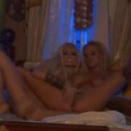 Carmen Luvana Jesse Jane lesbian fingering barefoot