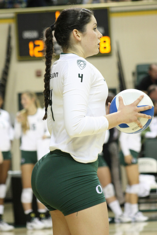 Big ass volleyball player