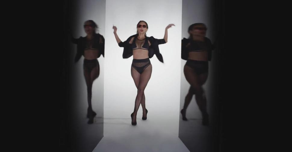 Jennifer lopez ft iggy azalea booty 9