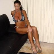 Holly-Body-Feet-1750224