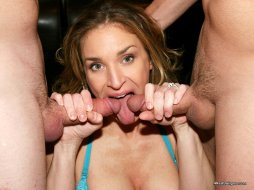 Mixed-Set-of-Amateur-MILF-Anna-Miller-Wearing-Wedding-Ring-24