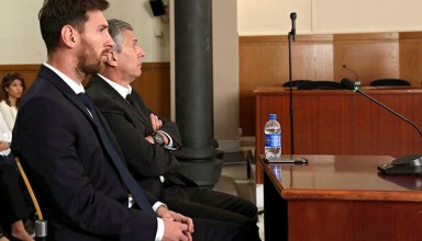 epa05410222 (FILE) A file picture dated on 02 June 2016 shows FC Barcelona's soccer player Lionel Messi (L) and his father Jorge Horacio Messi (R) attending a session of their trial in Barcelona, Spain, 02 June 2016. A court on 06 July 2016 convicted Messi and his fathers to 21 months in prison on tax charges.  EPA/ALBERTO ESTEVEZ / POOL