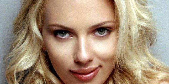 """Scarlett Johansson Will Get $20 Million for """"Avengers"""" Sequel"""