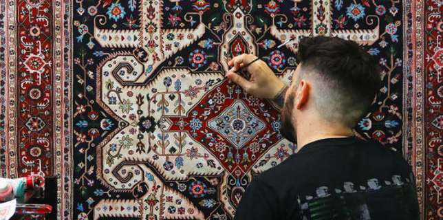 hand-painted-persian-carpets
