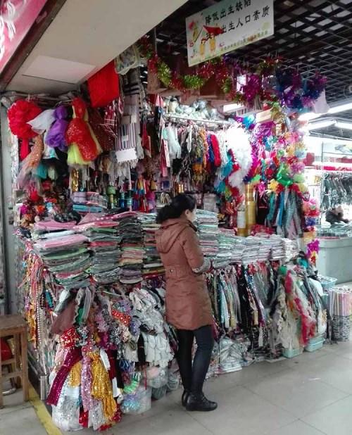 Jimo lu Qingdao China fake market 3
