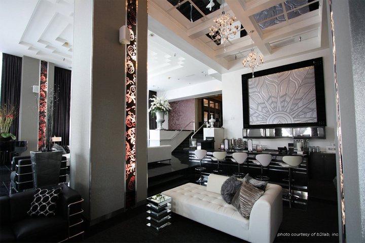 Encore Lounge