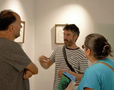 Lorenzo Sanjuán-Pertusa charlando con Luis Lles.