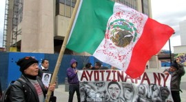 Padres de Ayotzinapa llegan a NY y marchan en Queens