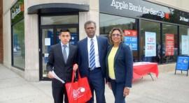 Apple Bank abre sucursal en la 37 Ave. de Jackson Heights