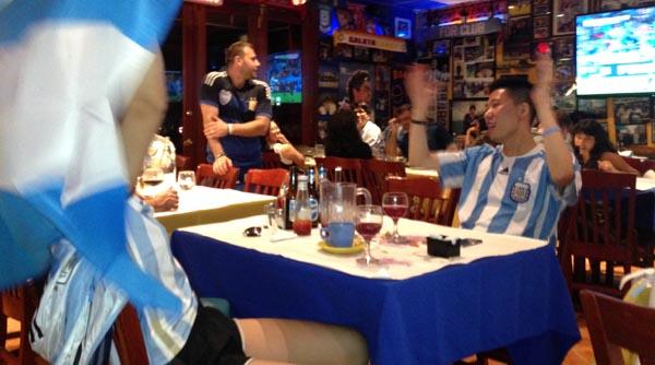 Bares y restaurantes de Queens para disfrutar la Copa América Centenario 2016