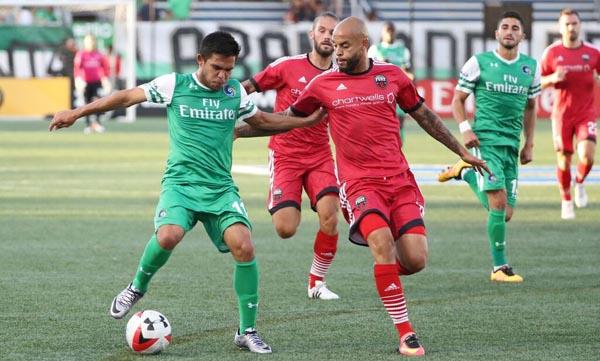 El Cosmos de Nueva York vence 2-1 a Ottawa Fury FC de la Liga Norteamericana de Fútbol NASL