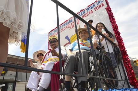 Lisandro Meza y Orlando Tobón fueron homenajeados en este desfile.