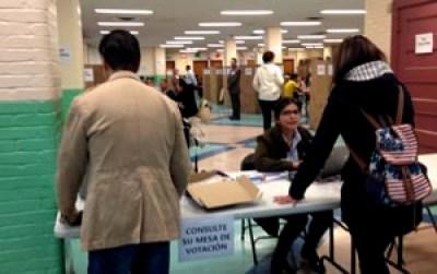 La escuela pública 69 de Queens en donde votaron los colombianos desde las 8 de la mañana.
