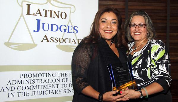Asociación de Jueces Latinos celebra la herencia hispana