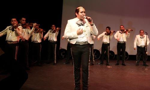 Mariachi Tapaío en el Teatro de Queens del Parque Flushing. Foto John Caballero