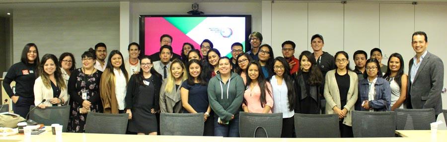 Algunos de los estudiantes latinos que han sido becados por el Instituto de Estudios Mexicanos de CUNY. Foto cortesía