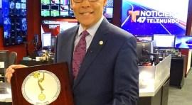 Jorge Ramos de Telemundo recibe Emmy por su carrera como presentador en Nueva York