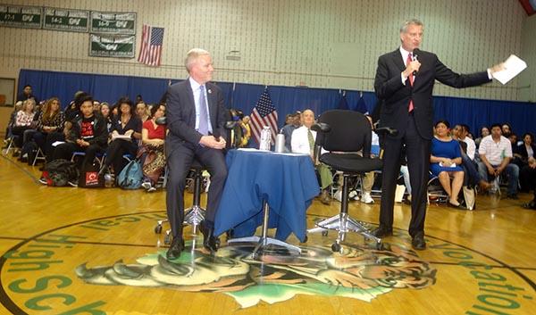 Foro público en Sunnyside con el alcalde Bill de Blasio